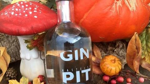 GIN PIT